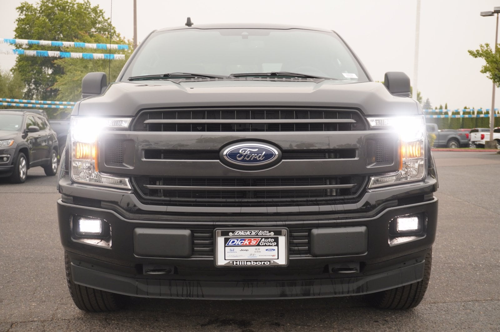 2020 Ford F-150 SuperCrew Cab 4x4, Pickup #209556 - photo 4