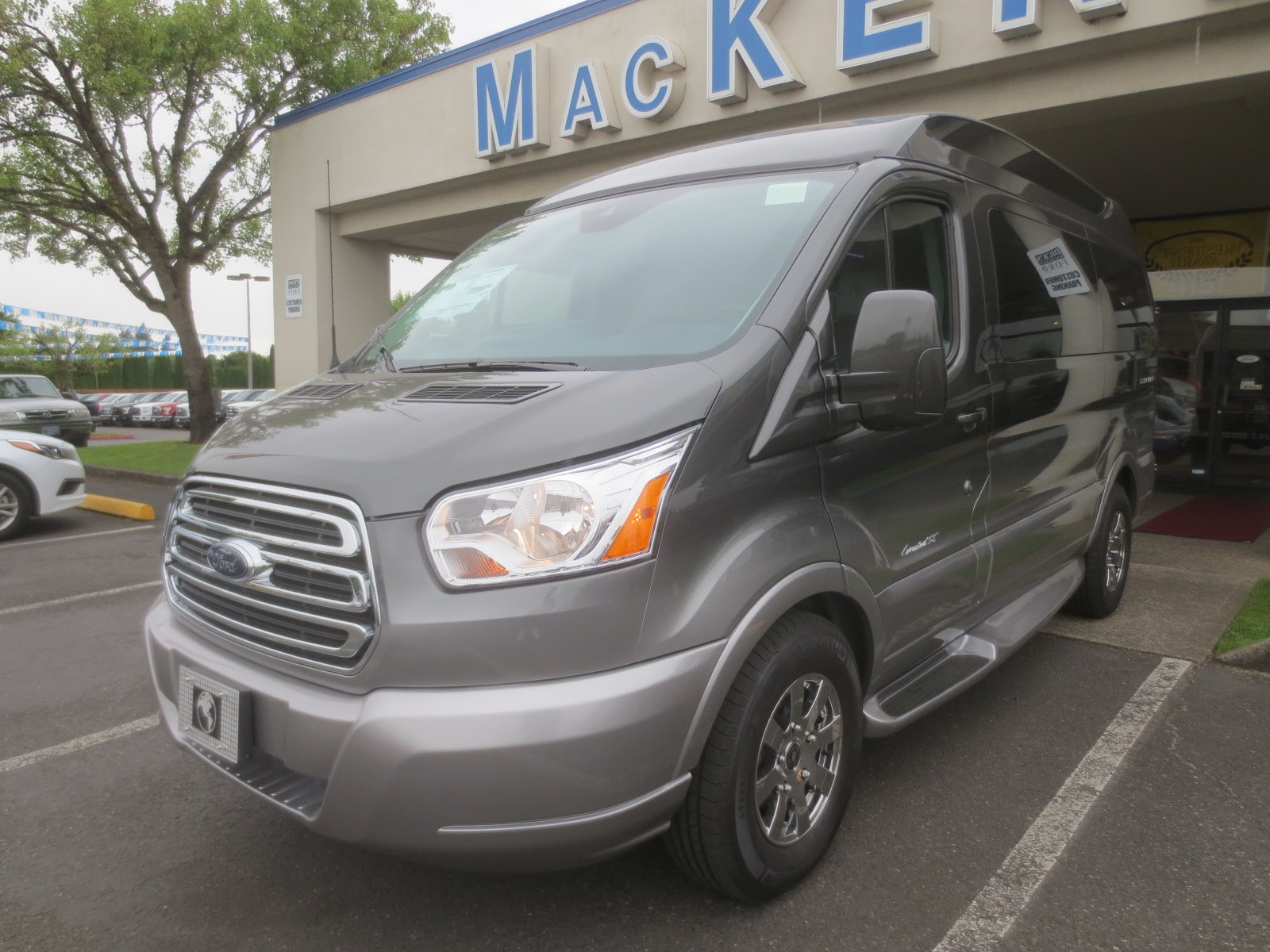 2017 Transit 150 Low Roof,  Passenger Wagon #278740 - photo 7