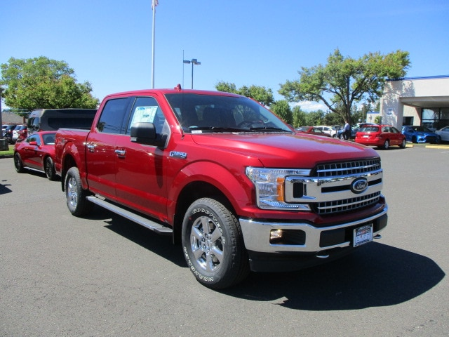 2018 F-150 SuperCrew Cab 4x4,  Pickup #289742T - photo 2