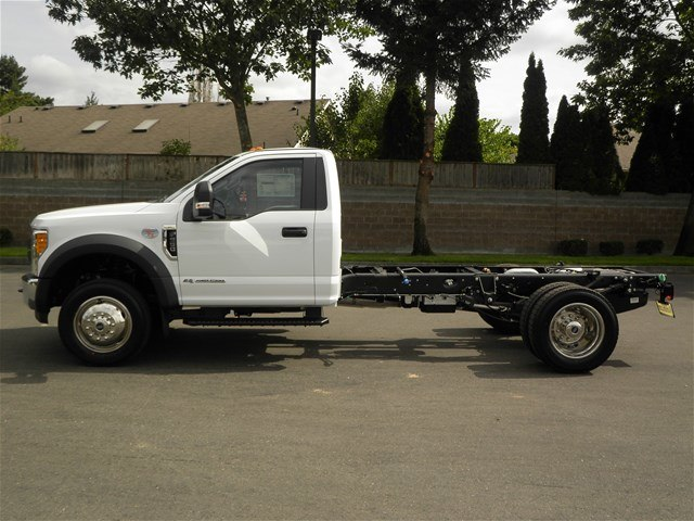 2017 F-550 Regular Cab DRW, Cab Chassis #17F1195 - photo 3