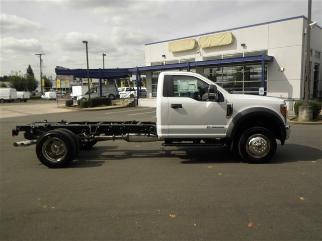 2017 F-550 Regular Cab DRW, Cab Chassis #17F1195 - photo 6