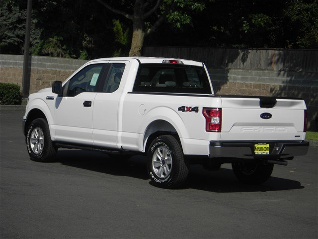 2018 F-150 Super Cab 4x4,  Pickup #18F1085 - photo 2