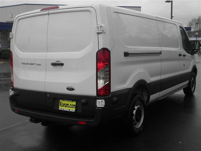 2018 Transit 250 Low Roof, Cargo Van #18F486 - photo 5
