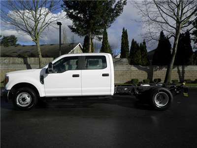 2018 F-350 Crew Cab DRW, Cab Chassis #18F531 - photo 3