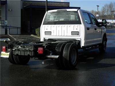 2018 F-350 Crew Cab DRW, Cab Chassis #18F531 - photo 5