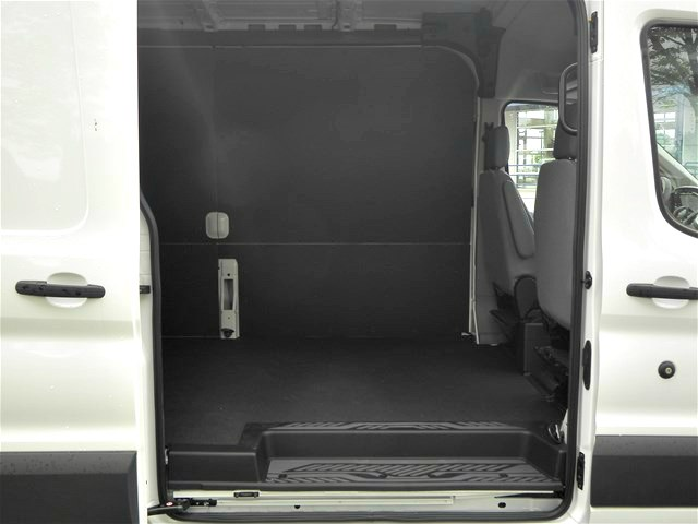2018 Transit 250 Med Roof, Cargo Van #18F703 - photo 9