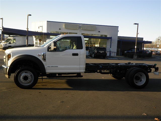 2019 F-450 Regular Cab DRW 4x2,  Cab Chassis #19F173 - photo 4