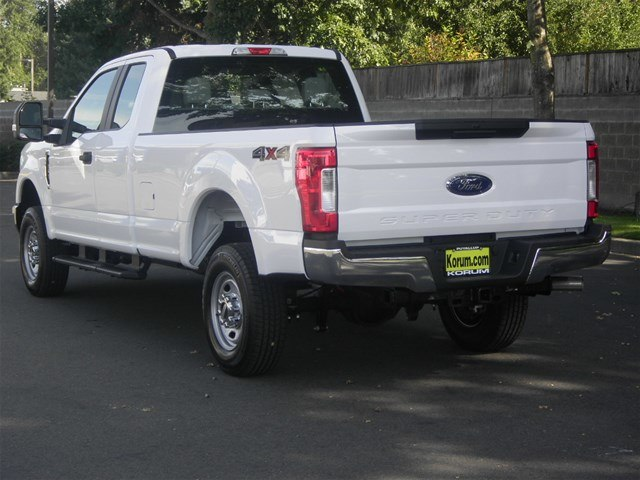 2019 F-250 Super Cab 4x4,  Pickup #19F42 - photo 2