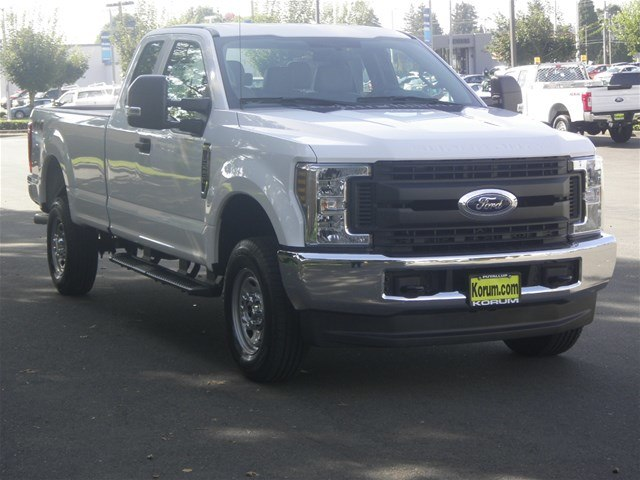 2019 F-250 Super Cab 4x4,  Pickup #19F42 - photo 9