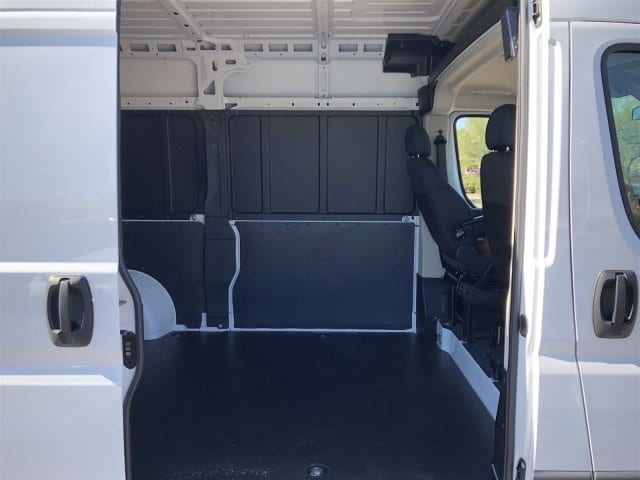 2018 ProMaster 1500 High Roof FWD,  Empty Cargo Van #JE135875 - photo 9