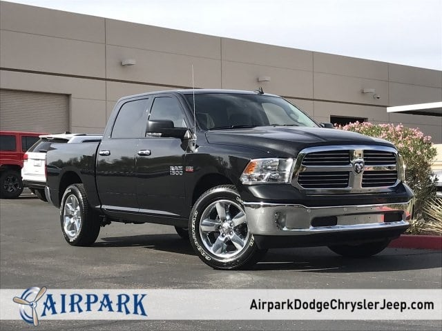 2018 Ram 1500 Crew Cab 4x4,  Pickup #JG138570 - photo 1
