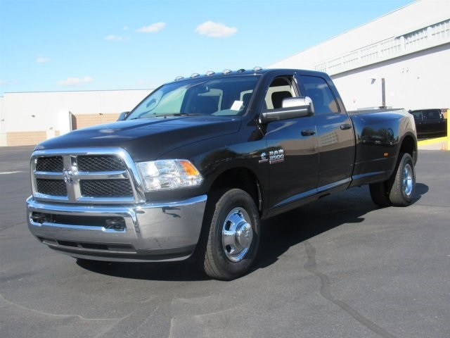 2018 Ram 3500 Crew Cab DRW 4x2,  Pickup #JG334606 - photo 3