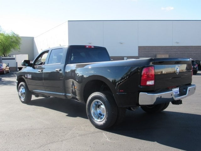 2018 Ram 3500 Crew Cab DRW 4x2,  Pickup #JG334606 - photo 4