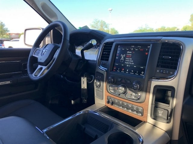 2018 Ram 2500 Crew Cab 4x4,  Pickup #JG351433 - photo 5