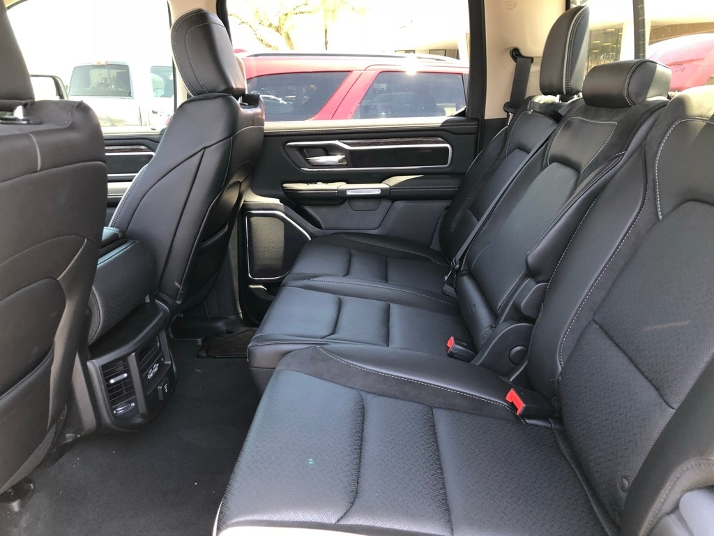 2019 Ram 1500 Crew Cab 4x4,  Pickup #KN507236 - photo 8