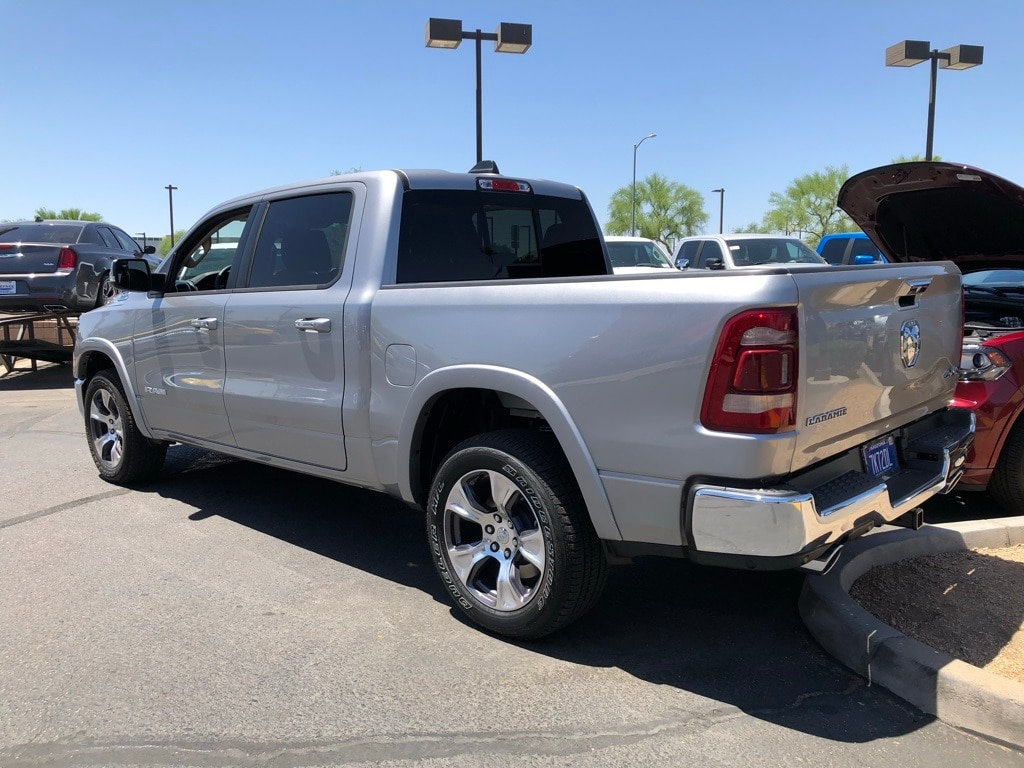 2019 Ram 1500 Crew Cab 4x4,  Pickup #KN507236 - photo 3