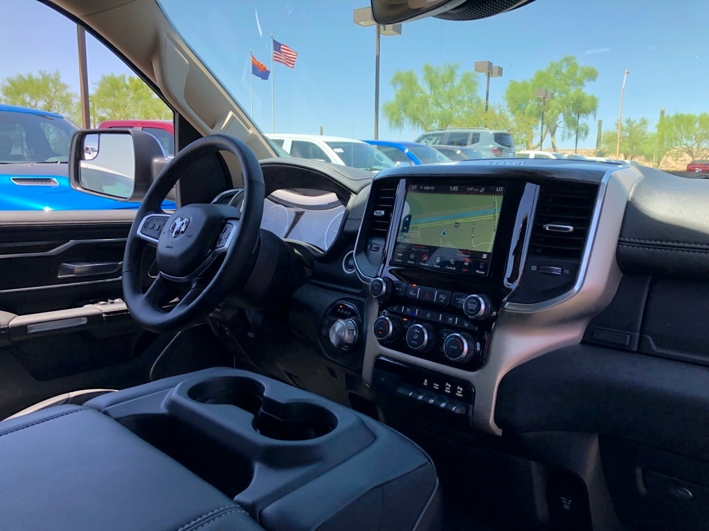 2019 Ram 1500 Crew Cab 4x4,  Pickup #KN507236 - photo 6