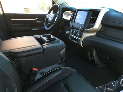 2019 Ram 1500 Crew Cab 4x4,  Pickup #KN514867 - photo 5
