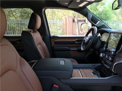 2019 Ram 1500 Crew Cab 4x4,  Pickup #KN515023 - photo 6