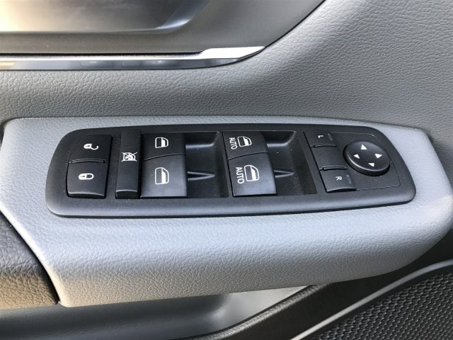 2019 Ram 1500 Crew Cab 4x2,  Pickup #KN531301 - photo 10