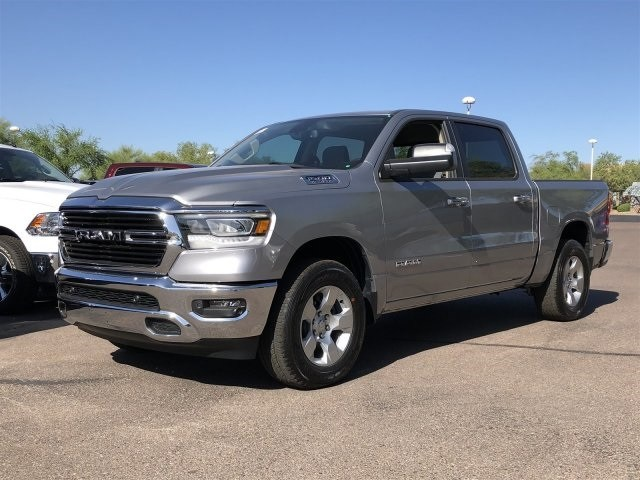 2019 Ram 1500 Crew Cab 4x4,  Pickup #KN536099 - photo 4