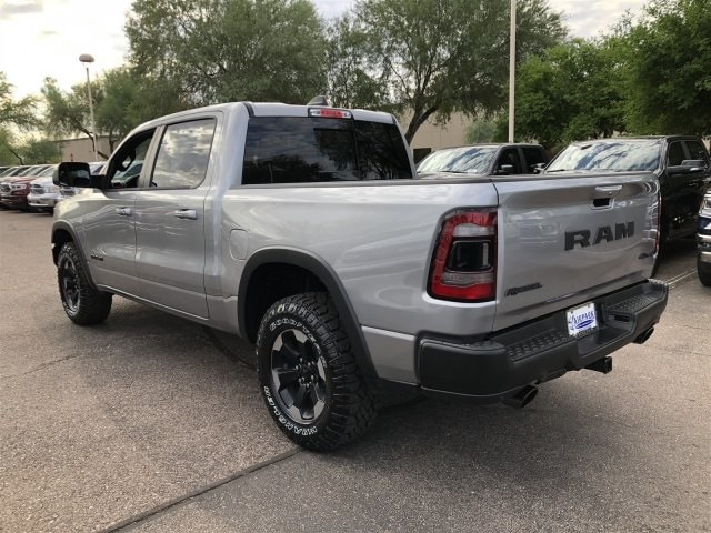 2019 Ram 1500 Crew Cab 4x4,  Pickup #KN542270 - photo 3