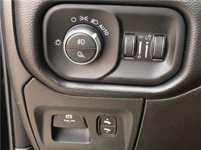 2019 Ram 1500 Crew Cab 4x4,  Pickup #KN556040 - photo 12