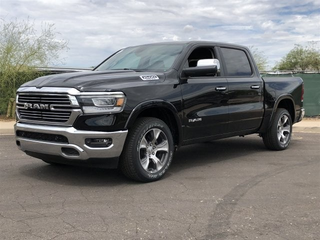 2019 Ram 1500 Crew Cab 4x4,  Pickup #KN556066 - photo 4