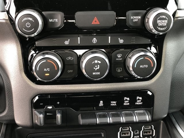2019 Ram 1500 Crew Cab 4x2,  Pickup #KN590188 - photo 11
