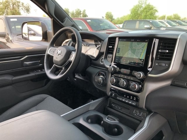 2019 Ram 1500 Crew Cab 4x2,  Pickup #KN590188 - photo 5