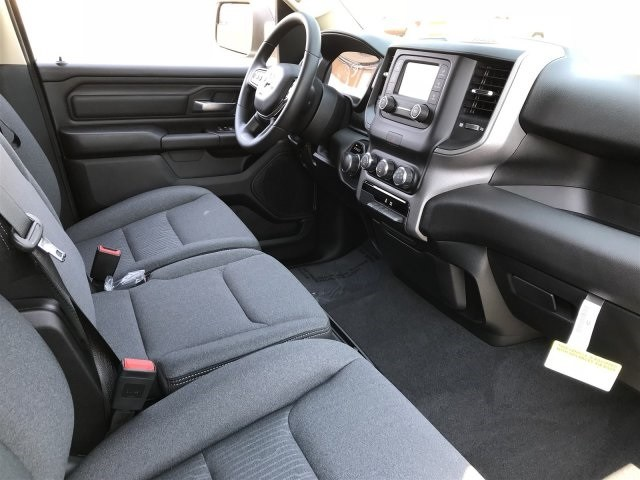 2019 Ram 1500 Quad Cab 4x2,  Pickup #KN596001 - photo 5