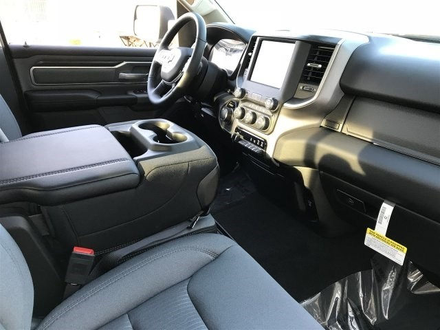 2019 Ram 1500 Quad Cab 4x4,  Pickup #KN602757 - photo 5
