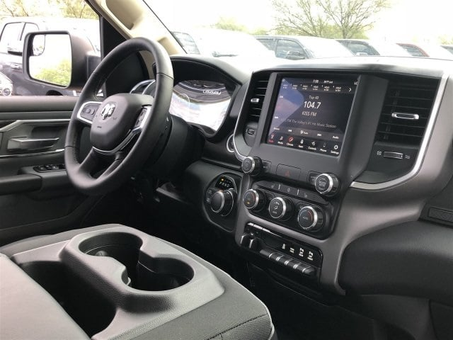 2019 Ram 1500 Quad Cab 4x4,  Pickup #KN602758 - photo 5