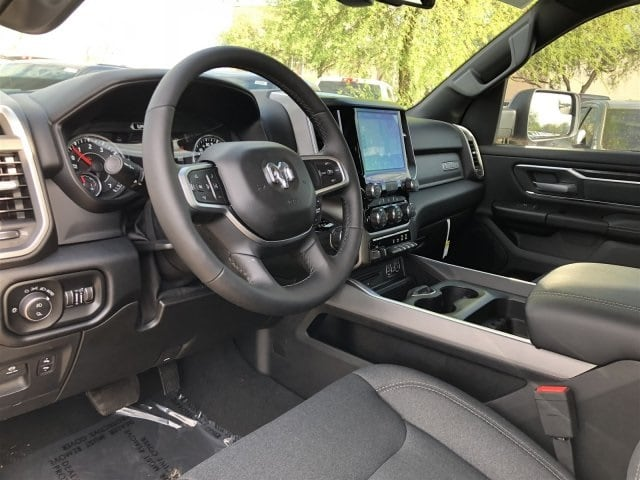 2019 Ram 1500 Crew Cab 4x2,  Pickup #KN617431 - photo 9