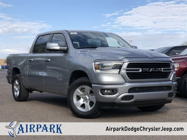 2019 Ram 1500 Crew Cab 4x2,  Pickup #KN617431 - photo 1