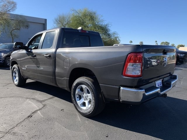 2019 Ram 1500 Quad Cab 4x2,  Pickup #KN666210 - photo 3