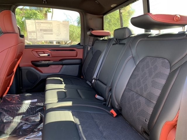 2019 Ram 1500 Crew Cab 4x4,  Pickup #KN676084 - photo 7