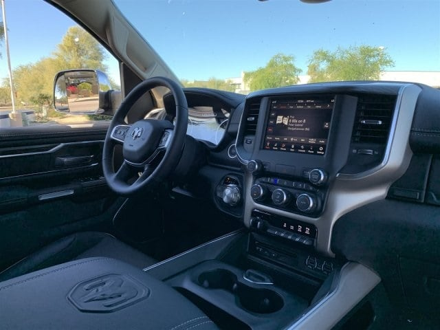 2019 Ram 1500 Crew Cab 4x4,  Pickup #KN696122 - photo 5
