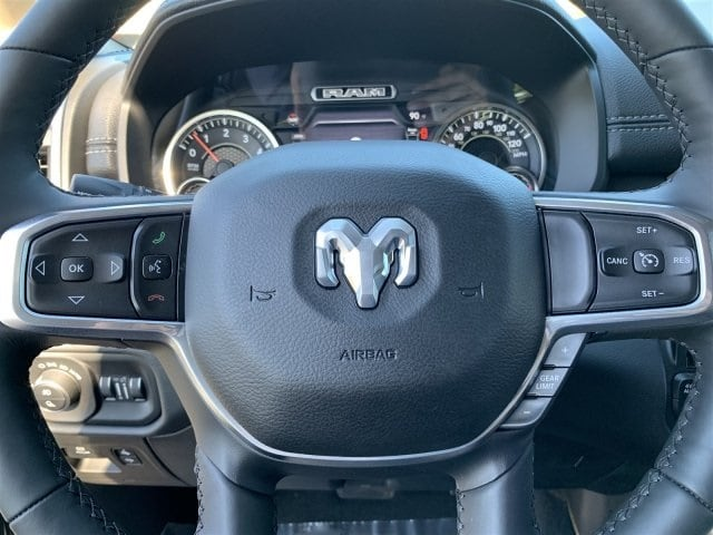 2019 Ram 1500 Crew Cab 4x4,  Pickup #KN696122 - photo 13