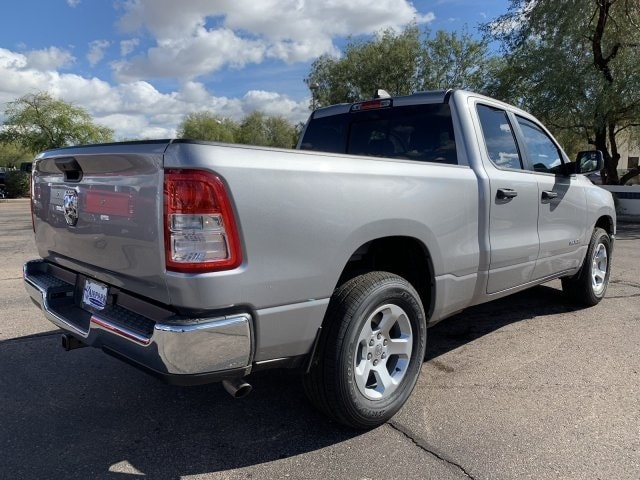 2019 Ram 1500 Quad Cab 4x2,  Pickup #KN737904 - photo 2