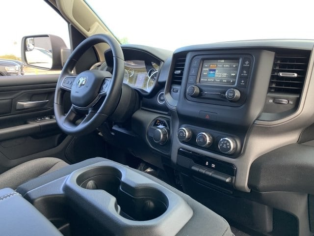 2019 Ram 1500 Quad Cab 4x2,  Pickup #KN737907 - photo 5