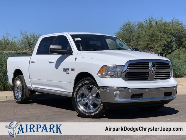 2019 Ram 1500 Crew Cab 4x4,  Pickup #KS536410 - photo 1
