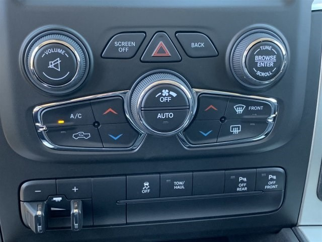 2019 Ram 1500 Crew Cab 4x4,  Pickup #KS551743 - photo 10