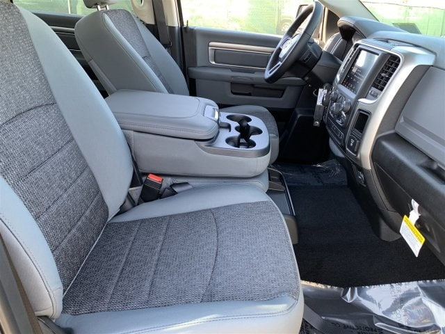 2019 Ram 1500 Crew Cab 4x4,  Pickup #KS560978 - photo 6