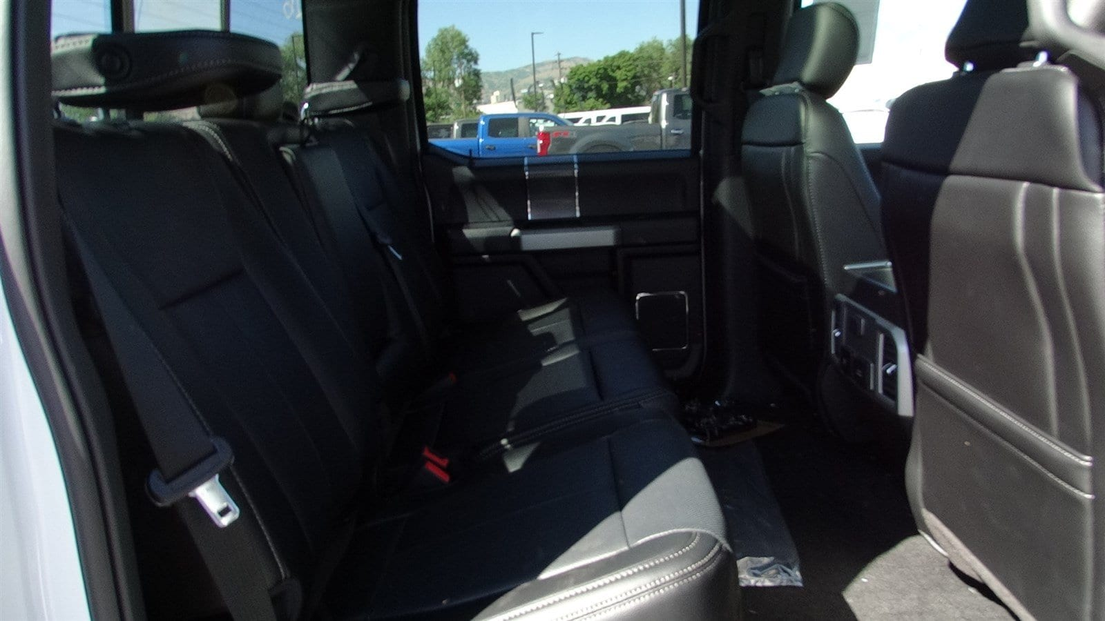 2018 F-150 SuperCrew Cab 4x4,  Pickup #55236 - photo 36