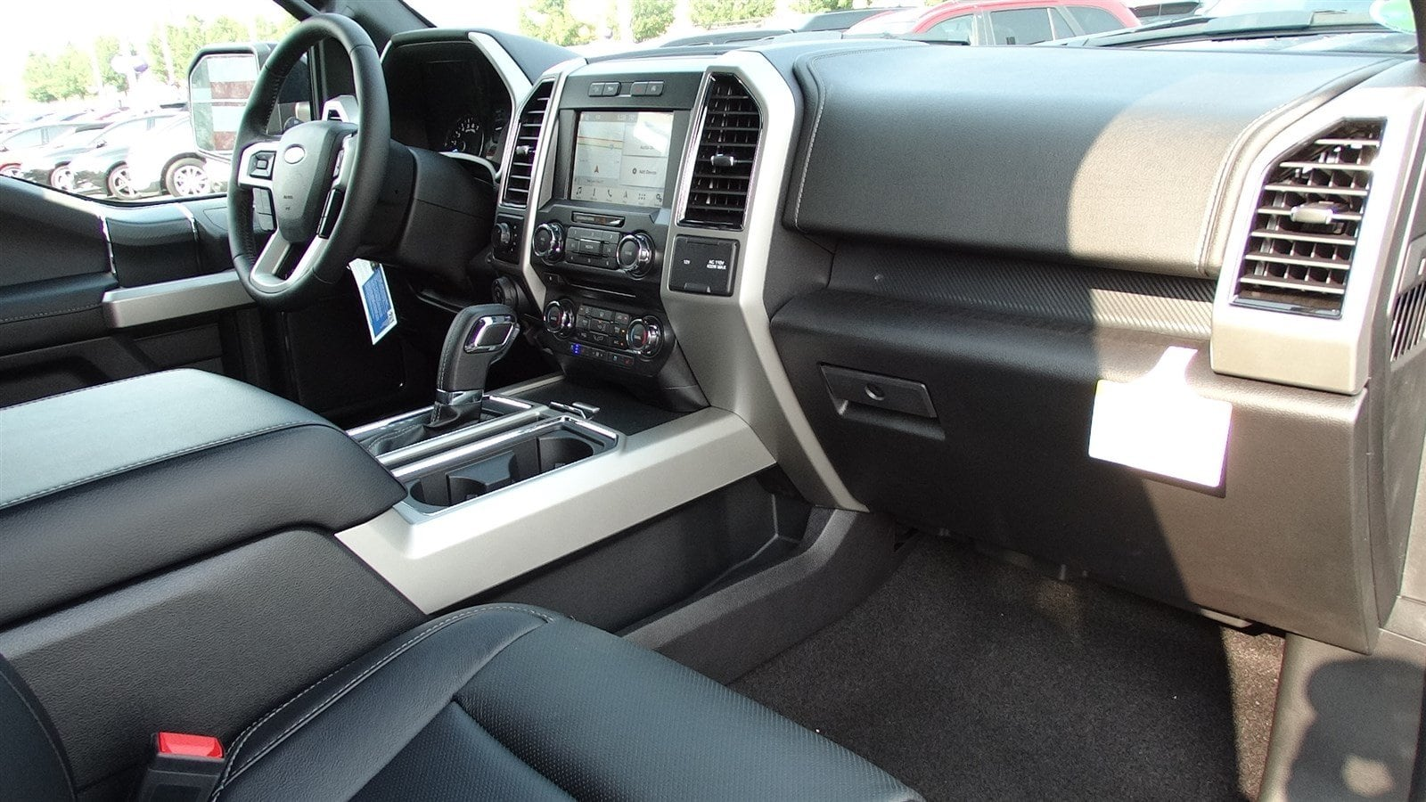 2018 F-150 SuperCrew Cab 4x4,  Pickup #55360 - photo 35