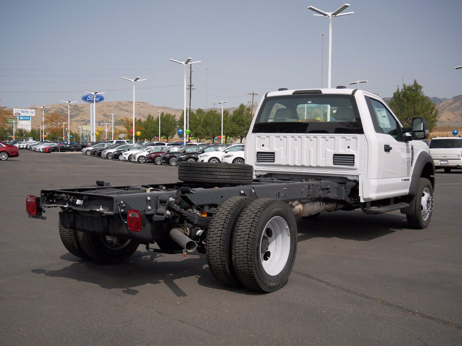 2020 Ford F-550 Regular Cab DRW 4x4, Cab Chassis #63156 - photo 2