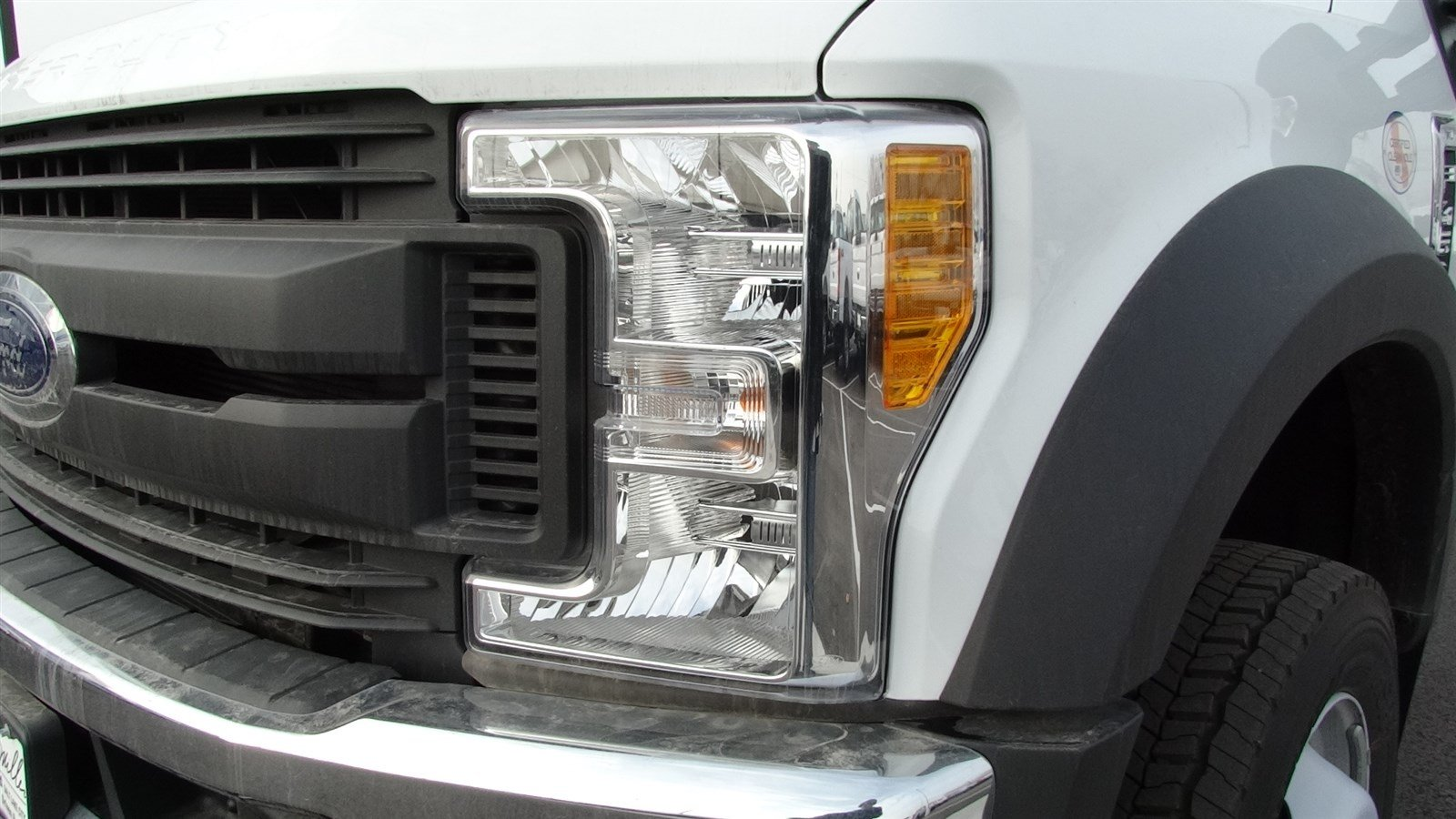 2017 F-450 Regular Cab DRW 4x4,  Cab Chassis #67122 - photo 9