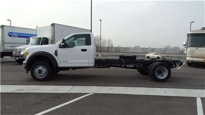 2017 F-450 Regular Cab DRW 4x4,  Cab Chassis #67122 - photo 6