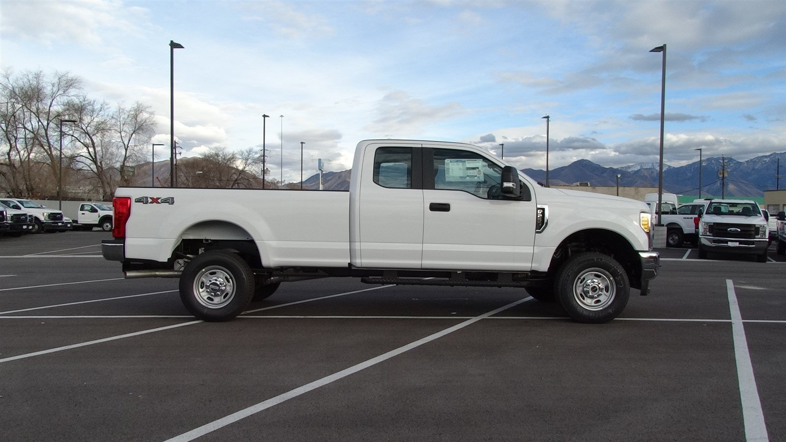 2017 F-250 Super Cab 4x4,  Pickup #67509 - photo 3
